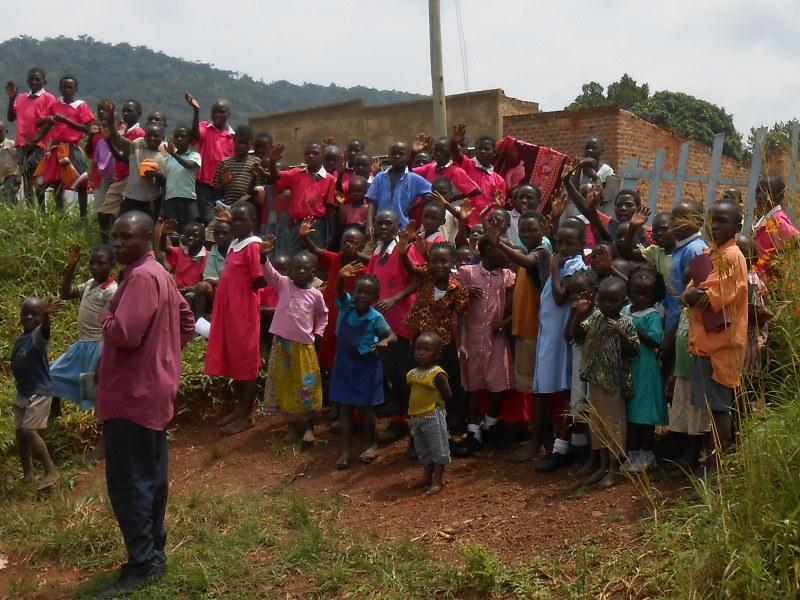 UGANDA 168_800x600