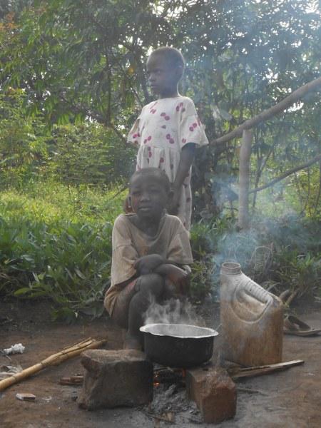 UGANDA 227_450x600