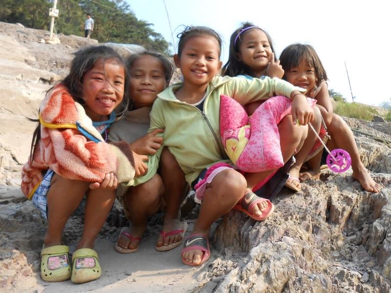 THAI-LAOS 152_800x600