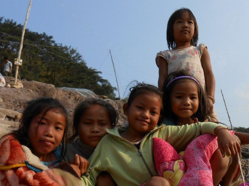 THAI-LAOS 156_800x600