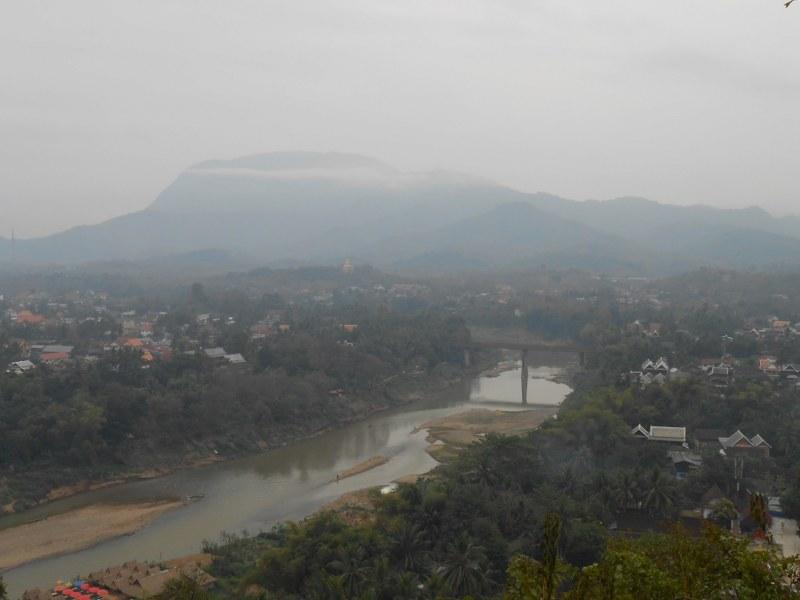 THAI-LAOS 225_800x600