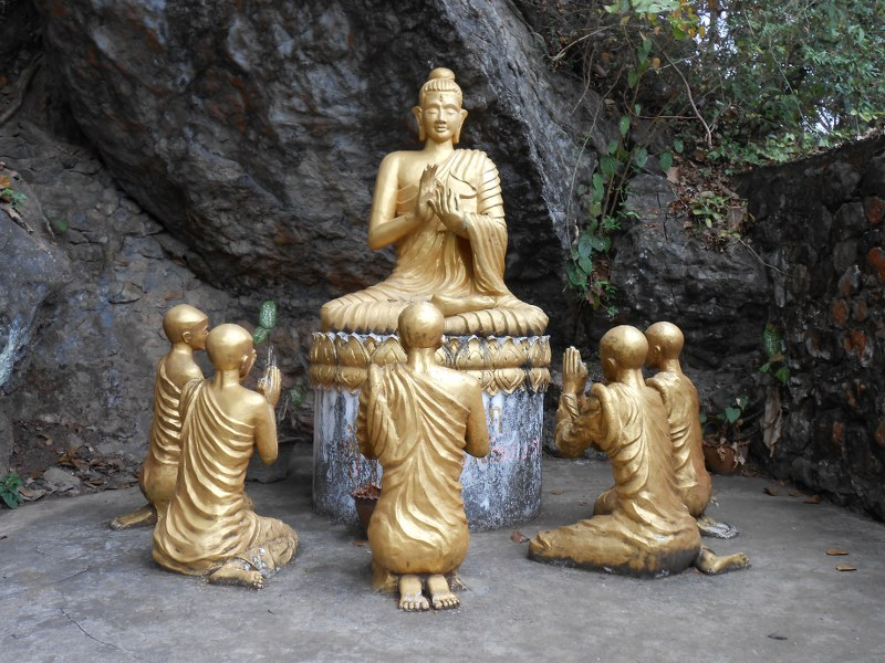 THAI-LAOS 240_800x600