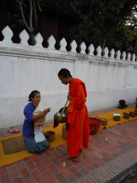 THAI-LAOS 363_450x600