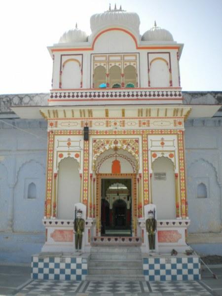 nepal-india 733_450x600